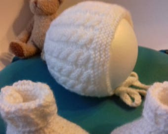 White bonnet with his slippers gift special baptism