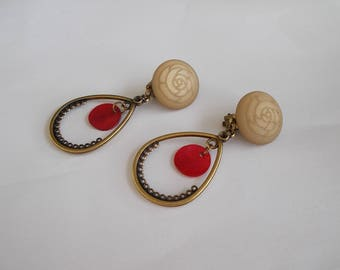 bronze, beige and Red clip earrings