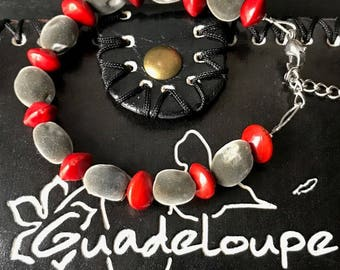Bracelet with natural seeds from Guadeloupe, model Zanzigli