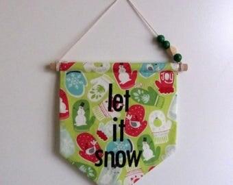 """""""Let it snow"""" decorative banner"""
