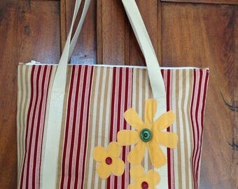Flower button set with applique patchwork Tote in beige and red striped cotton fabric sewn in their hearts