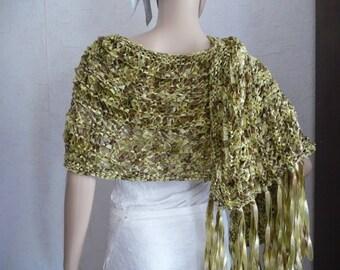 knit shawl handmade monochrome/Green