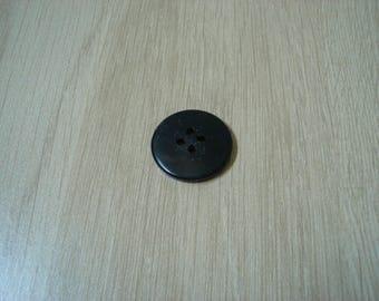 Black round button with RIM