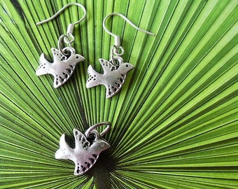 doves of peace pendant and bouces ears 3 PCs set