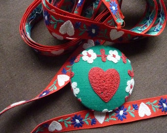 Ribbon and button heart and edelweiss Alpine - vintage