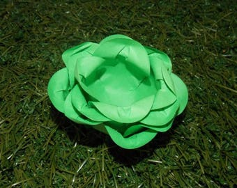 Crate paper flower cupcake