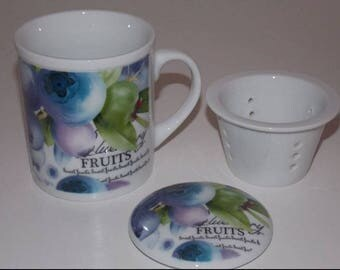 Blueberries decorated porcelain mug
