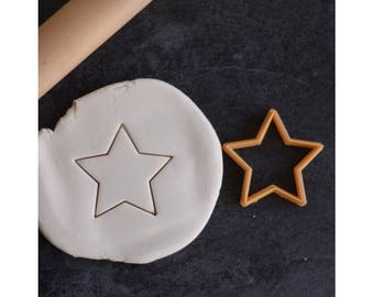 Simple star cookie cutter