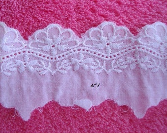 Coupon lace Anglaise petrites 3 m white flowers