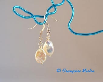 925 sterling silver, Keshi Pearl for these earrings