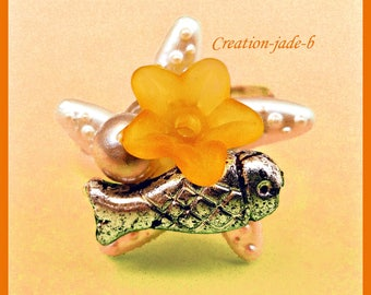 Adjustable ring - Orange starfish with flower Cabochon