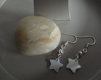 Dangling earrings in silver and charm star mother of Pearl