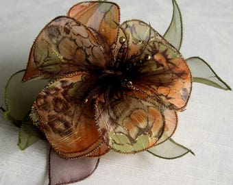Large flower hair clip & feathers and pearls 004