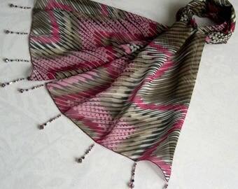 Scarf & pearls REF. 014 - zig - zag pattern