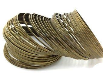 10 turns of memory wire flat, bronze bracelet, diameter 5.8 cm
