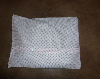 Heating pad removable fabric printed with red dots