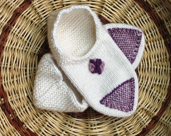 Indoor woman slippers, white, embroidered pink and purple, Uzbek Turkish style, knitted, birthday gift.