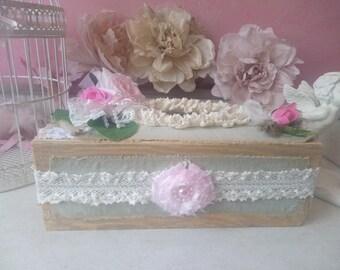 Box holder-shabby, romantic and vintage handkerchiefs.