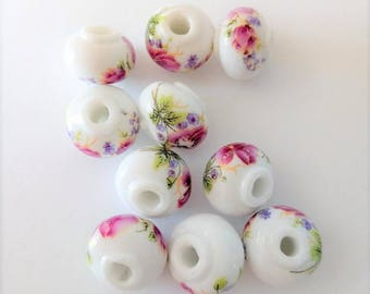 SET of 5 porcelain flowers, white-pink, 11 * 15 mm beads