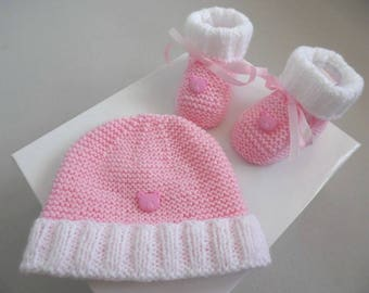 Hat and booties white and pink Teddy bear