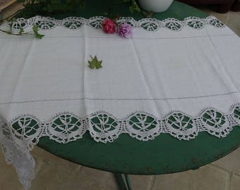 Vintage, old table runner lace and day table runner, very large doily old france, old curtain decoration idea