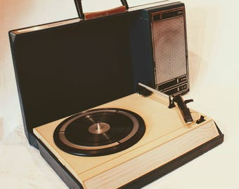 Vintage Philips GF 403 portable record player, blue - fully functional - 70s