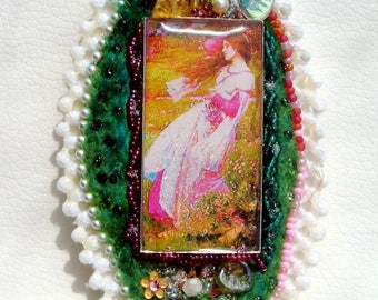 My English garden pendant silk beads and lace