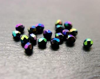 Lot de 30 perles en verre facettées 5 mm