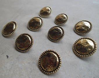 9 vintage metal 20 mm gold imitation plastic buttons