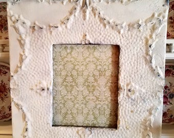 ON SALE Antique White Chippy Picture-FRAME-wall gallery-vintage style-photo frame-shabby chic-home wedding-glass and backing