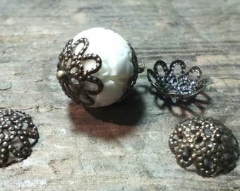 50 beautiful beads cups / bronze/filigree / 9 mm diam.