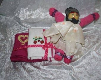 Doll dishes and accessories