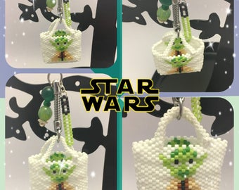 Beaded purse master Yoda keychain
