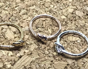 Thin Knot Silver Ring, Tiny Knot Ring, Little Tie the Knot Ring, Promise Ring, Bridesmaid Gift, Best Friend Gift, Mother Ring, Infinity Love