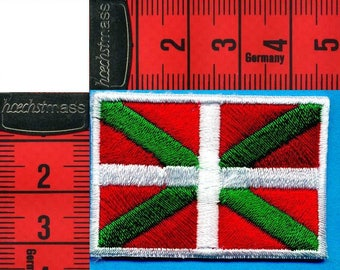 Coat basque flag fusible or sewing 4 x 3cm. Patch applique