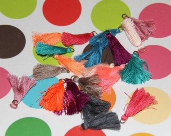 10 pendants 35-40mm tassels blends with bronze ring