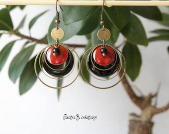 Pearl Earrings timeless and Bohemian chic sequin black and red agate and brass bronze