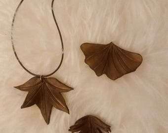 Leather leaf pendant