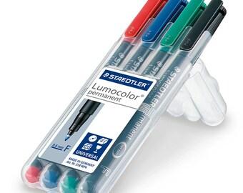 Marker - LumoColor 318 - case easel Box 4 tip permanent markers Fine matching 0.6 mm tip 0.6 mm - Staedtler