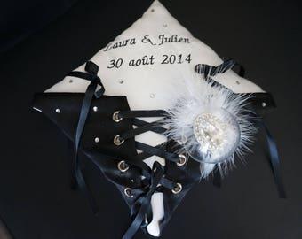 black and white corset shape wedding ring cushion
