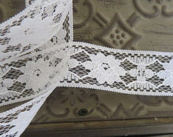 Romantica white lace scalloped 30mm