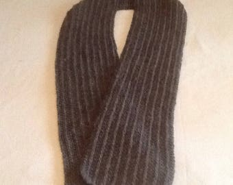 Hand Knit Wool Blend Scarf (T)