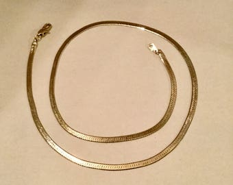 Gold Serpentine Chain