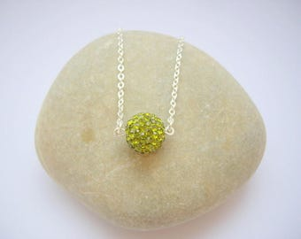 Women in Korean green rhinestone necklace