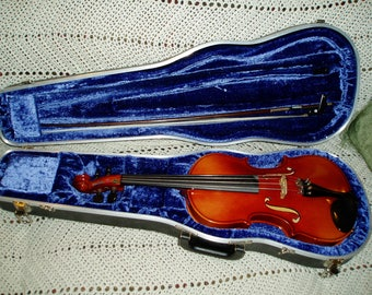 HEIMER 4/4 VIOLIN with bow and hard case