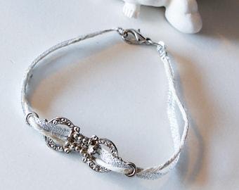 Cotton and fabric, retro style bracelet