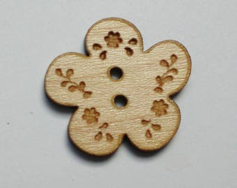 Set of 5 flower Maple 2 cm wooden buttons - button flower engraved - maple wood button flower embellishment sewing wood