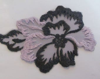 Applique scalloped tulle flowers pink and grey 11.5 cm x 8 cm