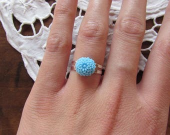 Resin - sky blue adjustable flower ring