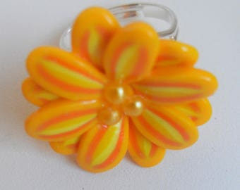 Ring flower shades of Orange polymer clay